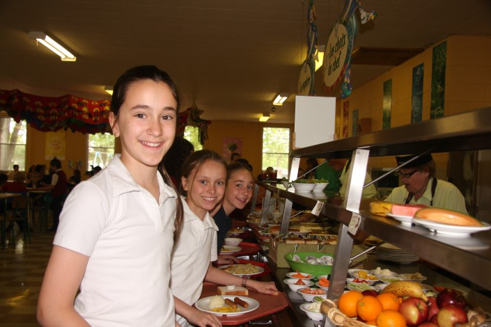 cafeteria-ecole-privee-val-marie-eleves